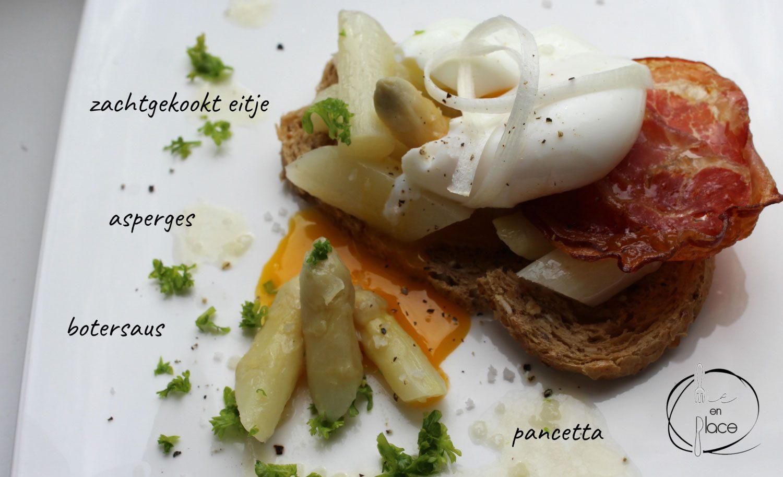 Toast met asperges