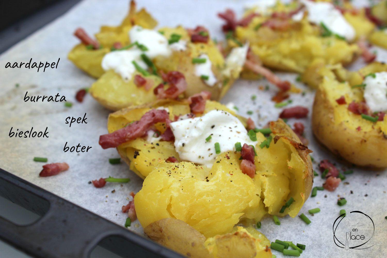 Crispy geplette aardappels met burrata
